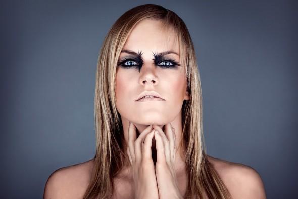 Close-up modelbilleder fra en fotoklub aften