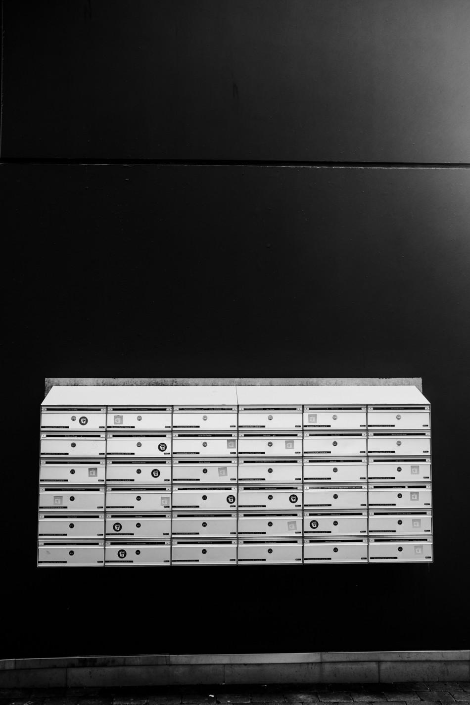 Grafisk billede af postkasser i Herning