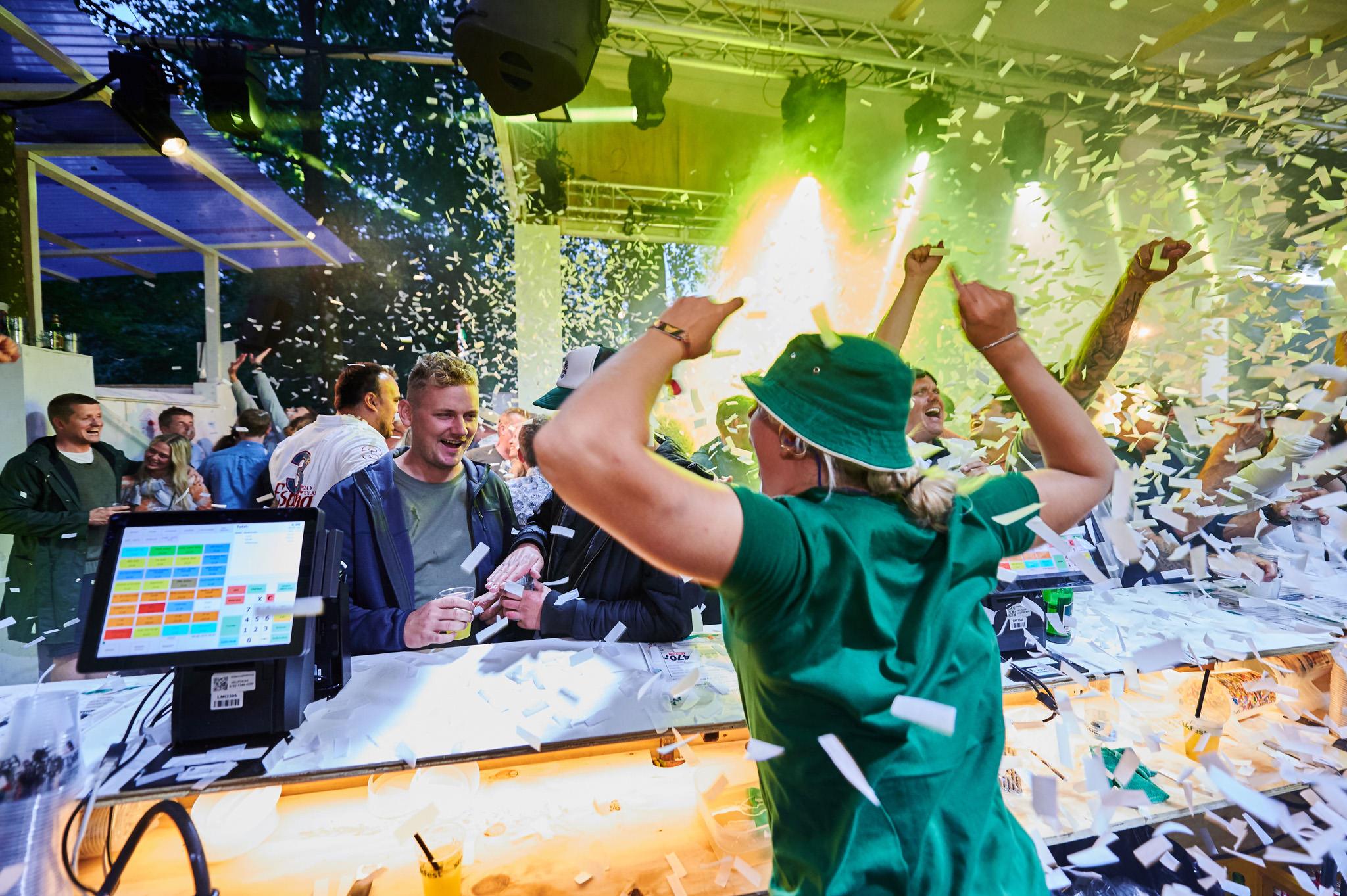 Danmarks bedste bar stemning - Fotograferet på Smukfest 2019